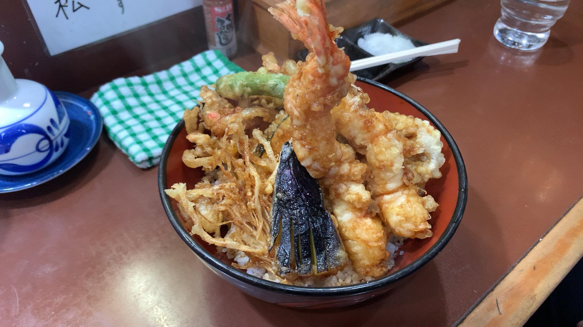 神奈川・横須賀中央 天丼の岩松