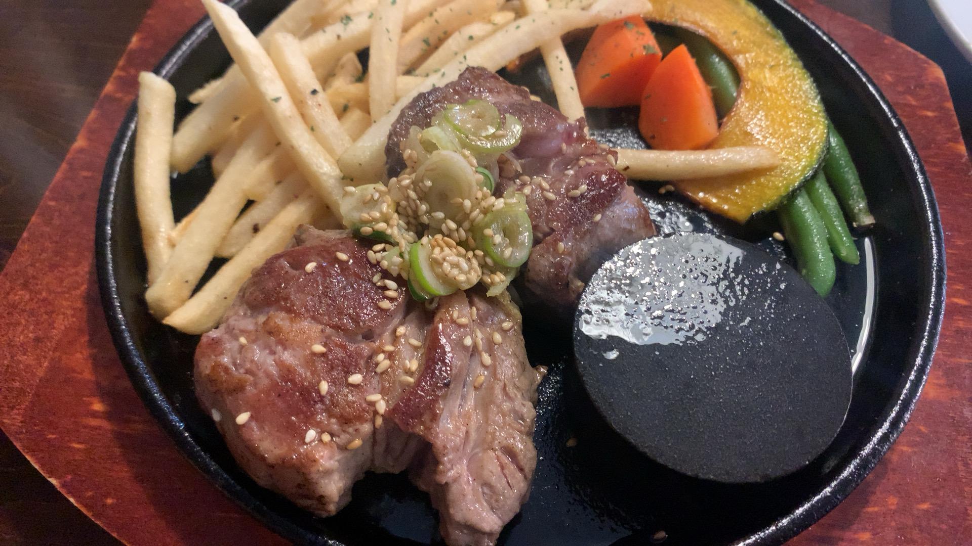 札幌・中央区 ステーキ&焼きカレー LION